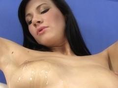 WetAndPuffy Video: Lauren in Fur