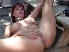 Hawt non-professional beauties posing bare outdoors