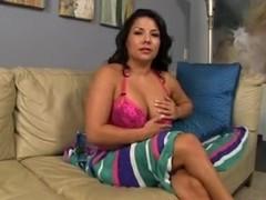 Hot babe exposing her shaved beaver