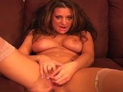 Carmen Shows of her Leopard Panties