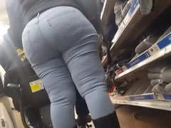 Juicy ass ebony milf part1