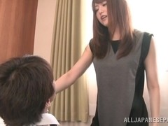 Hot Asian milf in an office suit Akiho Yoshizawa gets 69