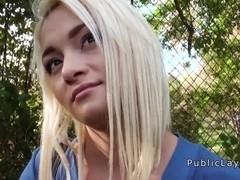 Dude fucks sexy amateur blonde outdoor