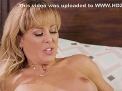 Chloe cant resist of Cherie DeVilles smell and got turned on on her