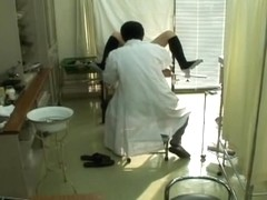 Alluring Japanese fingered during a hot Gyno examination
