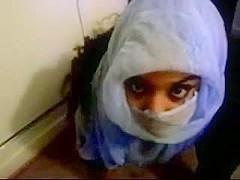 Amateur cum shot on her veil