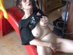 Horny old granny Vlasta masturbates hard