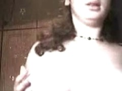Chubby gal with big tits plays with her cunt in the homemade porn