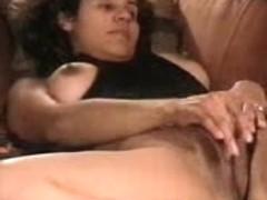 Babe reaches hard orgasm