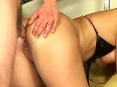 Hardcore anal fucking a kinky mature slut in doggystyle