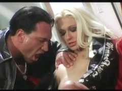 Sexy floozy acquires a hard shaft in the arse