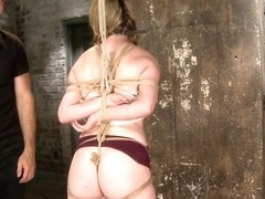 Horny 18 Year Old Slut Teased and Orgasmed in Tight Rope