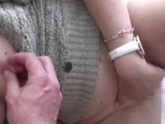My girlfriend has nothing to do so she shows her twat treating