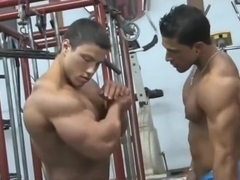 Latin bodybuilders at the gym