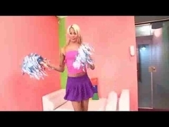 Blond TS cheerleader penetration