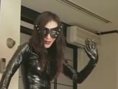 Femdom Kitagawa worshipping latex dominatrix-bitch