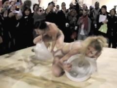 Naked on Stage-023 N5