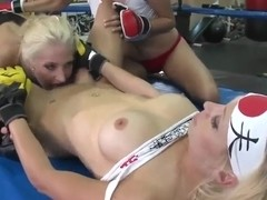 Sexy lesbian threesome workout in the gym!
