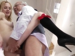 Horned screamer slut fucked