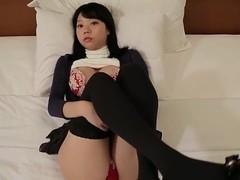 Hikaru Aoyama - bed