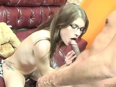 Brunette with hairy cunt does professional bj to lover