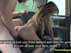 Gorgeous dame cabbie blows off passenger
