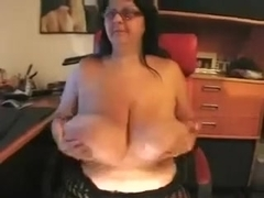 large charming woman livecam granny flaunts her gigantic saggy pointer cuties for five bucks