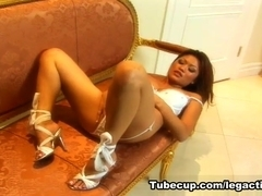 LegAction Video: Charmaine Star and Sasha
