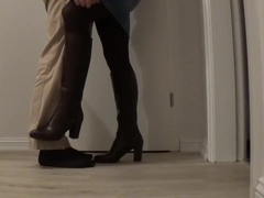 footplay in brown leggings and transparent nylon socks