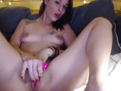 Tattooed webcam big tits babe masturbating solo