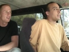 Amateur bruentte Isabella Bones gets in to bang bus