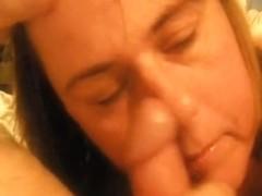 Mature sweet lady gets a good facial