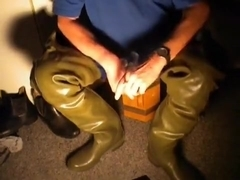 nlboots - rubber green (cz) cebo waders (35 yrs old)