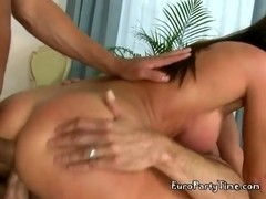 Hot Kitana Lure Embraces Double Penetration
