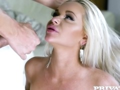 Busty Rachele Richey Fucks The Pizza Boy