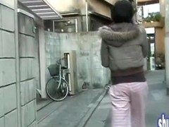 Outdoor sharking attack with cute casual broad getting tricked really nicely
