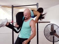 Olivia Lua In Heavyweight Hardcore