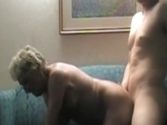 Short haired aged wife has great sex on daybed
