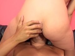 Kelly Greene spreads her legs and braces herself for a hard drilling