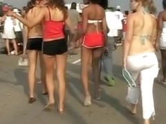 A lot of young asses walking in upskirt video