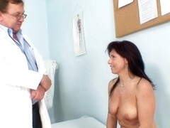 Oldpussyexam - Livie