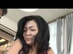 Mature Japanese hottie having sex
