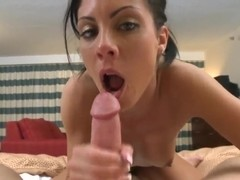 Slim hot ass babe Eva Ellington gives head in pov
