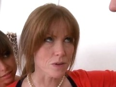 Darla Crane and Riley Reid hot ffm trio in the bedroom
