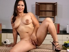 Jessica Bangkok & Jenner in Asian 1 on 1