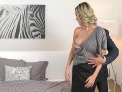 Momxxx video: new mom