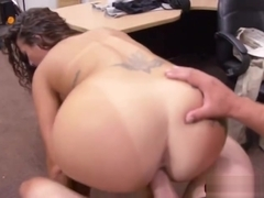 Big assed Victoria Banxxx sucks Shawns dick for cash