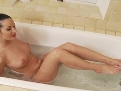 Vanessa Jordin taking a bath and pleasing her pussy with fingers