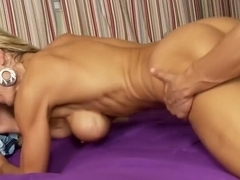 Alexa James is an amazing dick muncher
