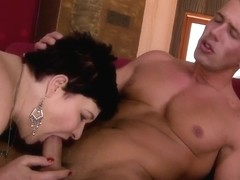 Hairy woman in age fucked in mouth and snatch